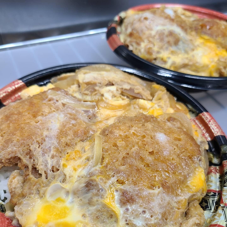 ◎今日のお弁当  ・ヒレカツ丼 ・揚げさばのビナ グレッチソース弁当 ・ミックスフライ弁当  (エビ・イカ・かき・唐揚げ) ・しょうが焼き弁当