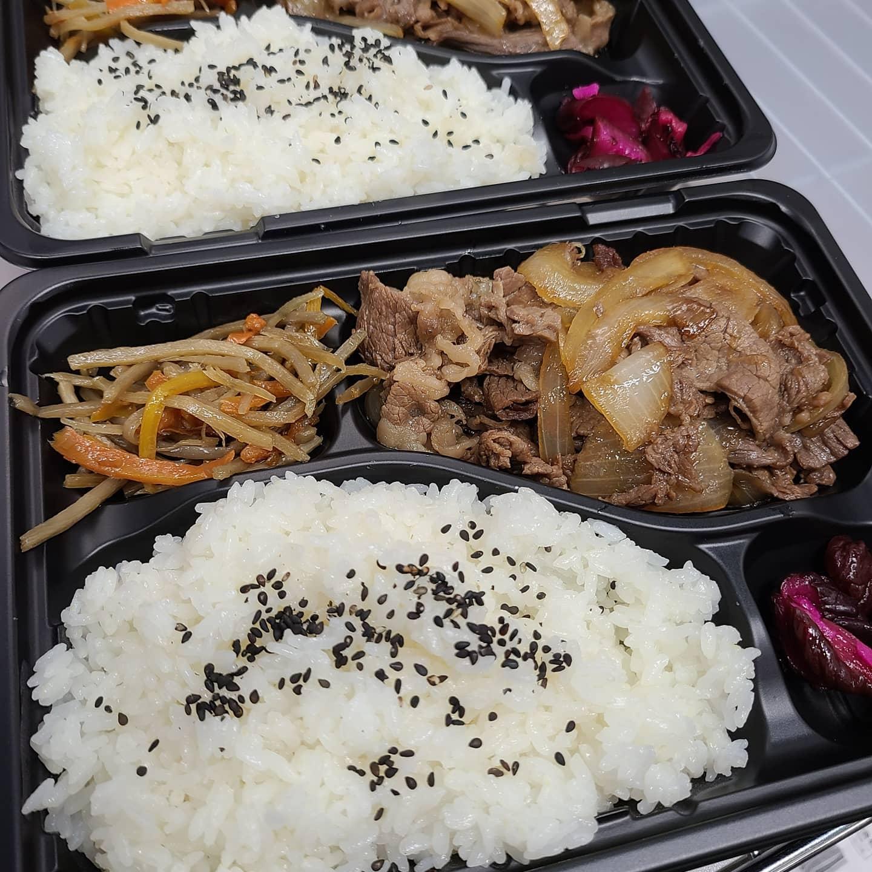 ◎今日のお弁当  ・牛すき風弁当  ・中華丼 ・豚肉と厚揚げのピリ辛炒め弁当 ・チャーハン
