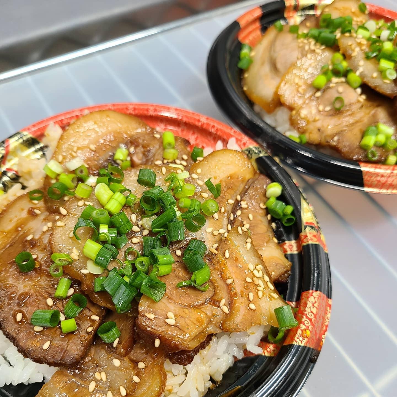 ◎今日のお弁当  ・自家製チャーシュー丼 ・しゃけ弁当 ・チキンのトマト煮弁当 ・自家製焼豚チャーハン ・ハンバーグ弁当