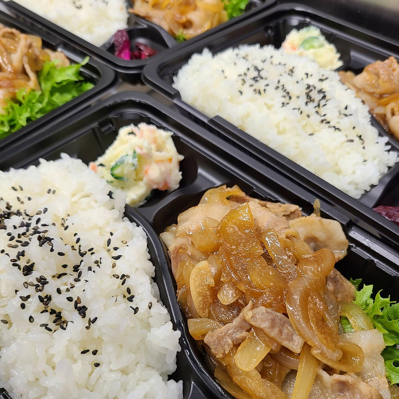 ◎今日のお弁当  ・焼き肉弁当 ・焼き鳥弁当 ・エビチリ弁当 ・豆腐ハンバーグ弁当 ・ミニヒレカツ丼