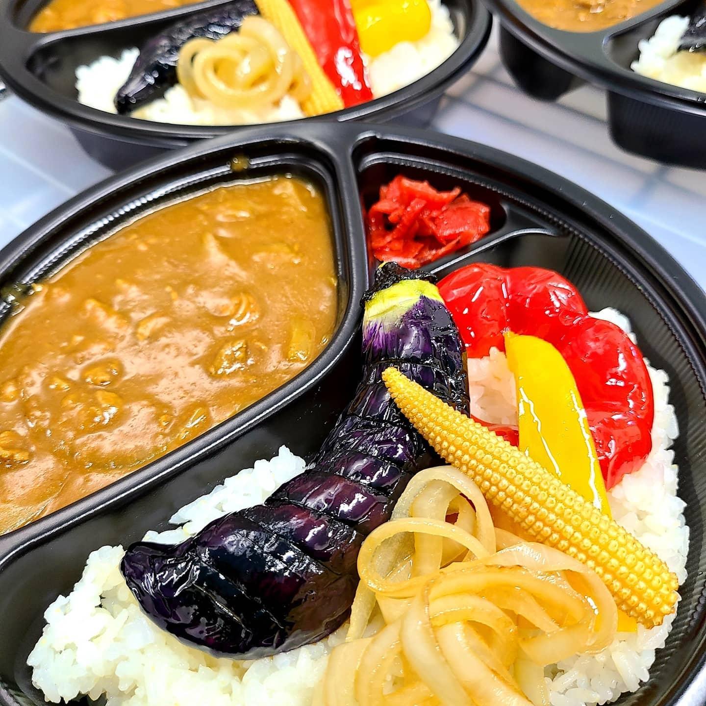 ◎今日のお弁当  ・ビーフ野菜カレー ・ハンバーグ弁当 ・揚げさばの甘酢だれ弁当 ・チャーシュー丼
