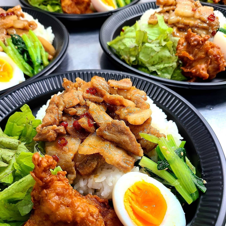◎今日のお弁当  ・魯肉飯(ルーローハン) ・タコライス ・オムライス ・自家製炙りチャーシュー丼 ・BIGハンバーグ弁当